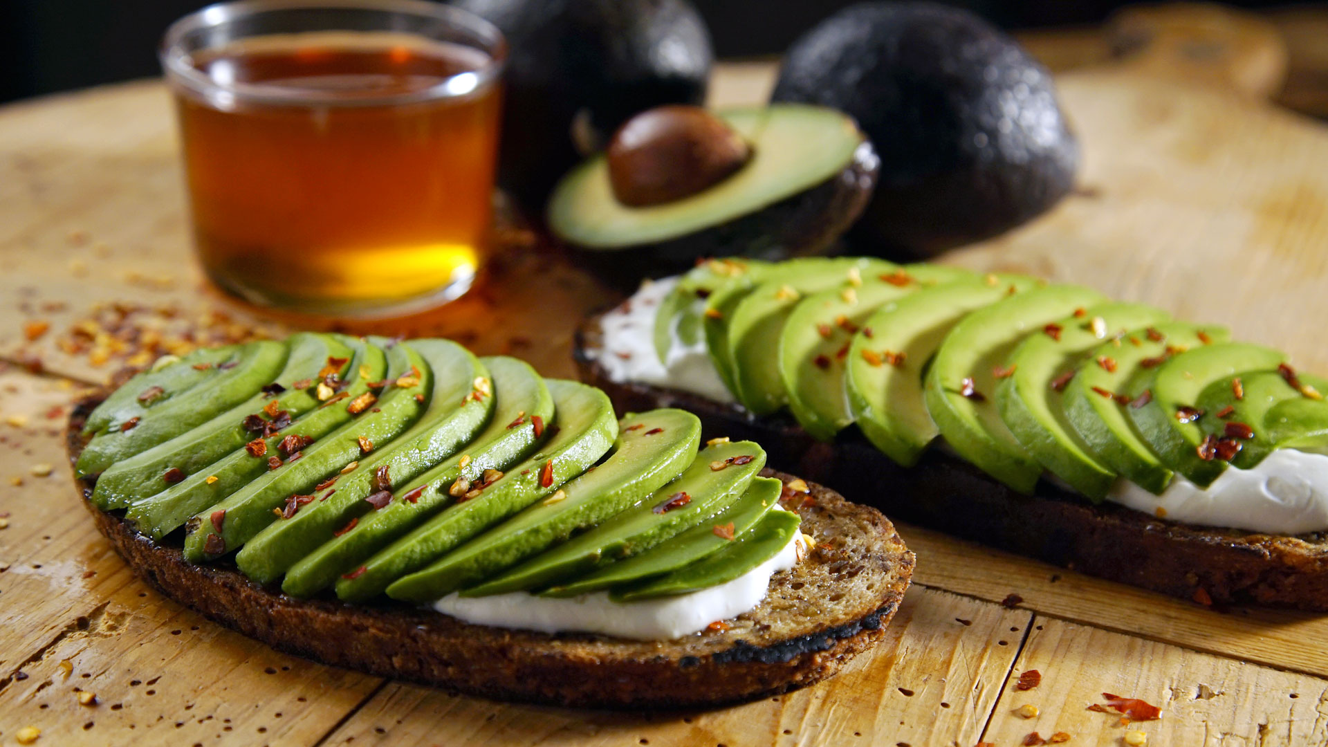 Give Up Avocado On Toast, Gain A Deposit For Housing? A 26 Year Old's View Of Buying In London