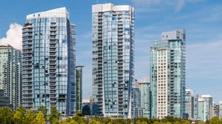 vancouver-yaletown-condo-towers
