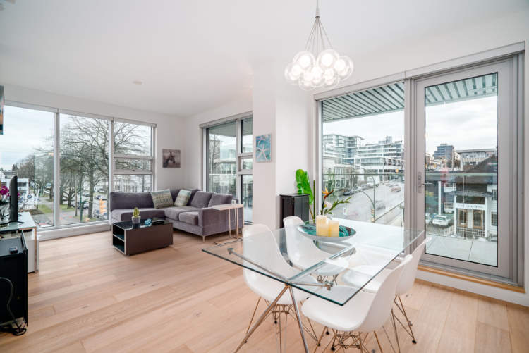 305 1819 w 5th avenue kitsilano vancouver bc - What are floor to ceiling windows called ...