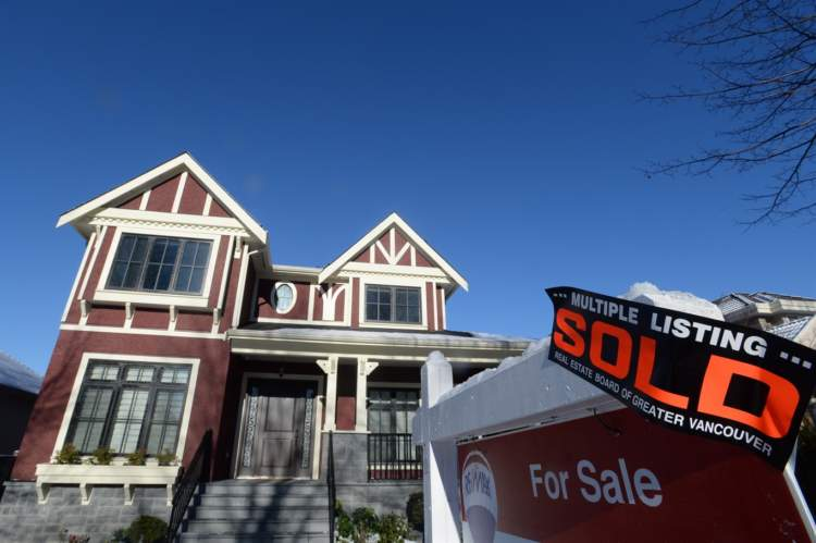 Buyer:seller standoff behind Vancouver real estate sales