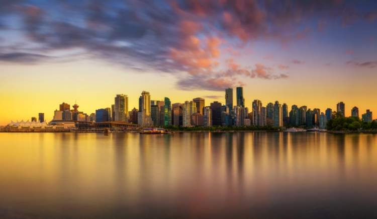 vancouver-skyline-reflection-sunset